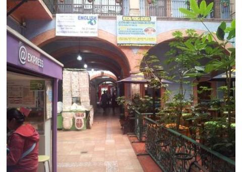 traspaso isla en pasaje del centro histórico de Queretaro
