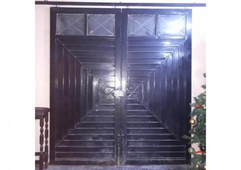 Vendo puerta de herreria