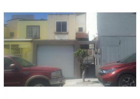 Rento local nuevo en Jardines de Santiago