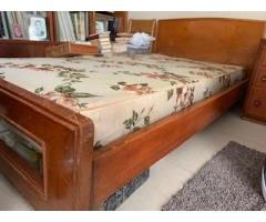 Base de cama de madera