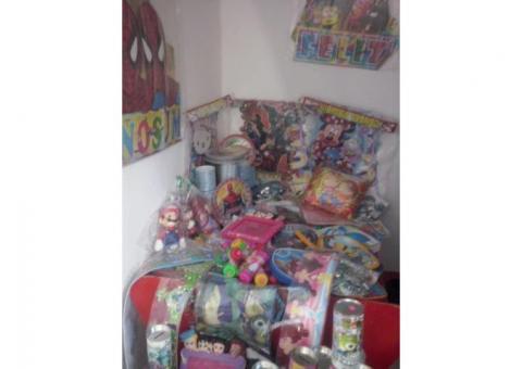 lote de artículos para fiesta y regalos